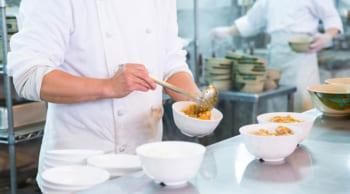直接雇用|女性活躍中|老人ホームの調理・配膳業務|10-19時