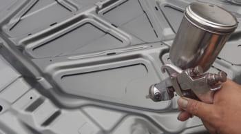 弊社スタッフ活躍中|自動車部品の塗装|働きやすい職場