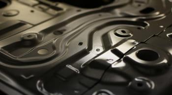月収25万円以上可|自動車の内装部品を製造|長期歓迎