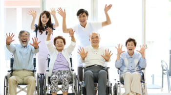 正社員|住み込みOK|年齢不問│老人ホームの管理人