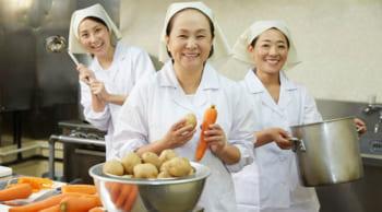 扶養内・月10日勤務|病院内の厨房での調理|未経験OK
