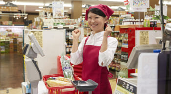 スーパーでの食品レジスタッフ|パートタイム|主婦(夫)さん活躍中