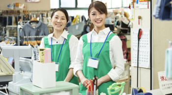 お昼からスタート 未経験歓迎 婦人服販売スタッフ
