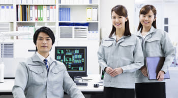 正社員登用前提|男女活躍中|未経験OK│設計業務