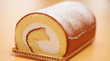 ケーキのトッピングや団子の串刺し等の製造補助|短期|主婦(夫)歓迎