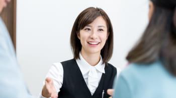 高時給1200円|人気の受付業務(カウンター対応)|アミュプラザ熊本内勤務