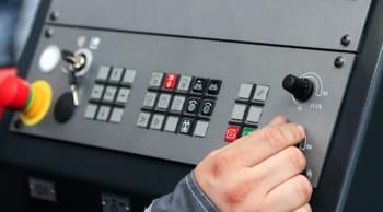 大分流通業務団地│即日OK│ボタン操作で溶接機械オペレーター