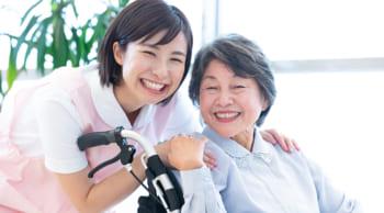 直接雇用前提|デイサービスでの介護業務|女性活躍中