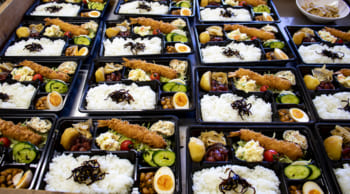 お弁当や惣菜作り&レジ|お昼から短時間|主婦(夫)・シニア活躍中