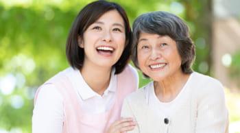 長期歓迎|新施設で介護業務|50代までの女性活躍中