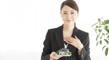<中央区>高月給21万円~|オープニングスタッフ|不動産事務