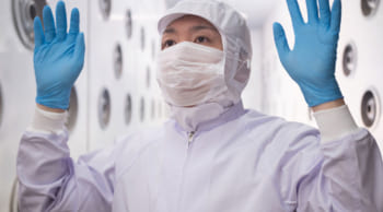 直接雇用有|男女活躍中│クリーンルーム内での製品の目視検査